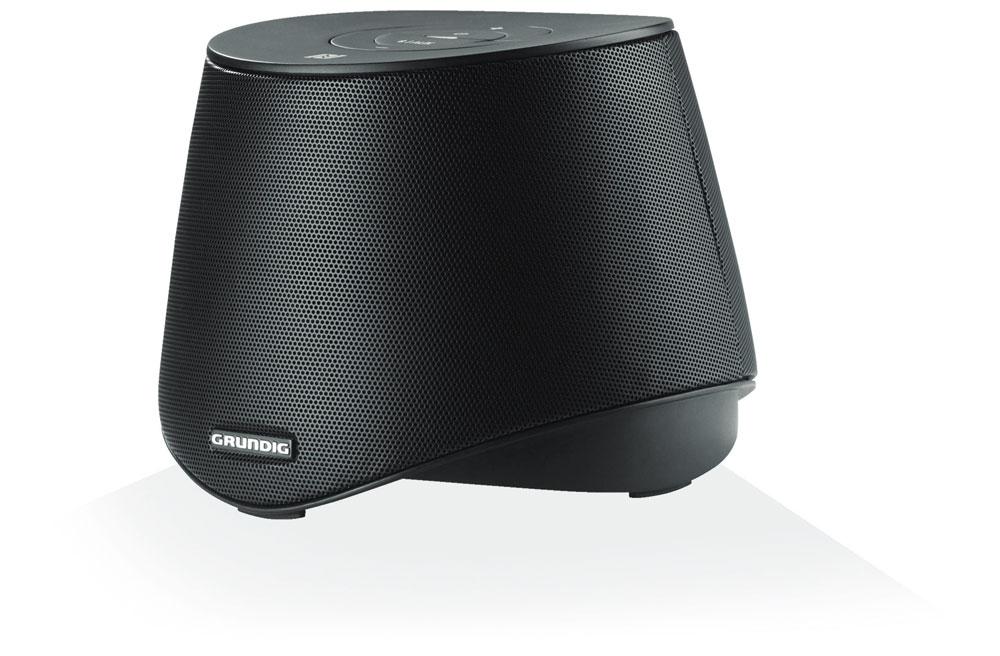 In einer Art Hutdesign präsentiert sich Grundigs schwarzer Bluetooth-Lautsprecher GSB 2000 NFC.
