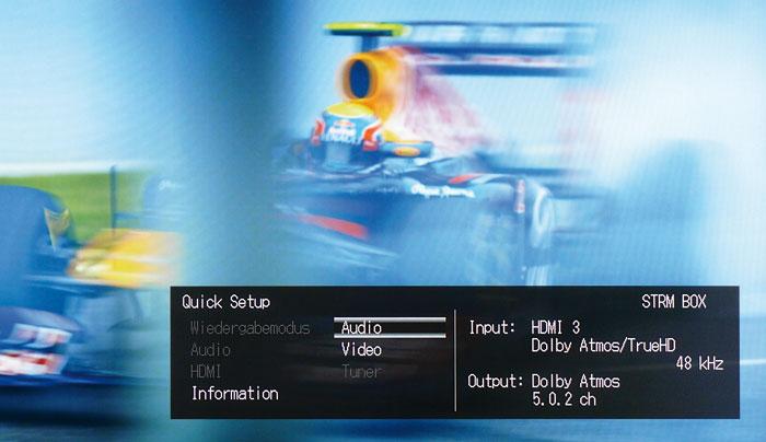"""Das """"Information""""-Menü liefert Details zum Video und Audiosignal."""