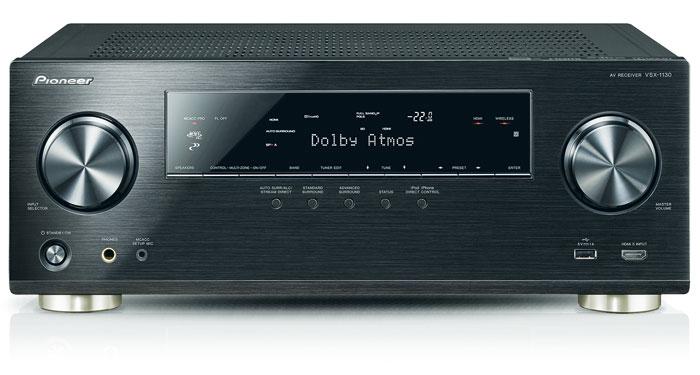 730 Euro: Obwohl der Dolby-Atmos-Receiver der günstigste im Testfeld ist, muss man weder auf eine reichhaltige Ausstattung noch auf eine edle – allerdings nur in Schwarz erhältliche – Aluminium-Front verzichten.