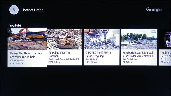 """Im Notfall YouTube: Versteht die Sprachsteuerung des Philips ein Kommando nicht, sucht sie in YouTube nach Clips. Hier lautete der Befehl übrigens """"Öffne Maxdome""""."""