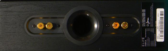 Front- und Surroundlautsprecher bieten jeweils für die Höhen-Sektion und die nach vorn abstrahlende Abteilung getrennte Anschlüsse.