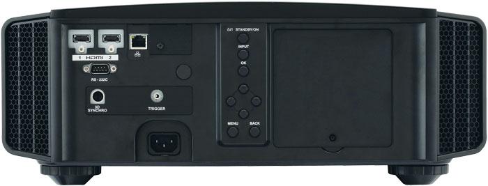 Übersichtlich: Auf analoge Videoeingänge oder die Darstellung von SDTV-Halbbildvideos verzichtet der DLA-X 7000 B. Dafür verarbeiten die beiden HDMI-Eingänge 4K-Signale mit HDR und sind für HDCP 2.2 vorbereitet.