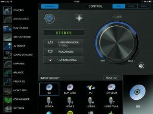 Statt mit der Fernbedienung lässt sich der SC-LX 59 auch per Smartphone- und Tablet-App steuern.