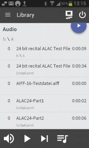 Ordnerinhalte werden alphabetisch angezeigt. Eine Suchfunktion fehlt leider ebenso wie Tasten für den schnellen Vor- und Rücklauf.