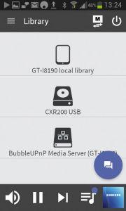 """In der """"Library"""" erfolgt die Quellenwahl: Hier stehen das Smartphone (oben), ein USB-Stick und ein UPnP-Server (""""BubbleUPnP"""") zur Auswahl."""