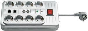 Die Steckdosenleiste nimmt acht Schuko-Stecker auf, die angeschlossene Geräte vor Überspannung schützen. Coax- und Westernbuchse sind mit Schutzkontakten versehen.
