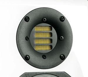 Als Hochtöner setzt ADAM einen Air Motion Transformer mit zieharmonikaartig gefalteter Membran ein.