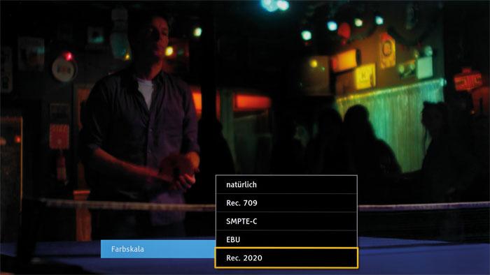 """Bei Zuspielung von HDR-Inhalten wechselt der DXW 784 auf die Farbskala """"Rec. 2020"""". Diese lässt sich auch bei SDR auswählen, wirkt dann aber überzogen."""