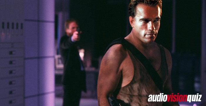 """Bruce Willis und """"Die Hard"""" wurden 1988 zu Actionfilm-Legenden. Ursprünglich war das Projekt als Nachfolger zu einem Arnold Schwarzegger-Film geplant – zu welchem?"""