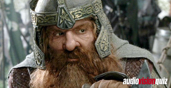 """Nach Abschluss der Dreharbeiten des finalen Herr der Ringe-Films """"Die Rückkehr des Königs"""" hat Gimli-Darsteller John Rhys-Davies seine Gilmli-Maske verbrannt. Warum?"""