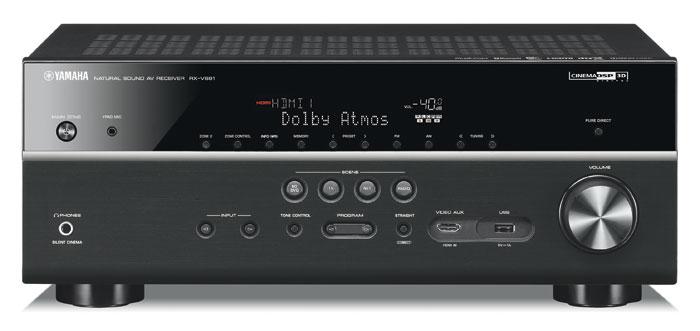 650 Euro: Der in Schwarz und Titanfarben erhältliche Yamaha RX-V681 decodiert Dolby Atmos- sowie DTS:X-Tonsignale bei Auslieferung. Die Front besteht aus Kunststoff, die vordere HDMI- und USB-Buchse sind praktisch.