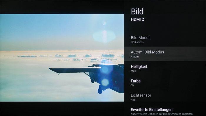 """Zum Glück gezwungen: Am ausgegrauten Bildmodus """"HDR-Video"""" erkennt man, ob der Sony tatsächlich HDR wiedergibt. Die Helligkeit wird automatisch maximiert."""