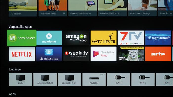 Genie und Wahnsinn: Der Sony wartet mit einem prall gefüllten Startbildschirm auf, der auf sämtliche Apps und Funktionen verzweigt – zu Lasten der Übersichtlichkeit.