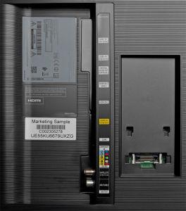 Nur das Wichtigste: Wie der kleinere Bruder lässt der UE 65 KU 6689 ein wenig die Anschlussvielfalt der SUHD-Modelle vermissen. Samsung spendiert ihm zum Beispiel nur drei HDMI-Eingänge und zwei USB-Ports.