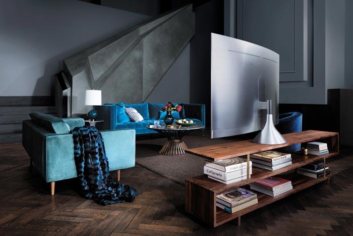Q Style: Mit verschiedenen Designs und unterschiedlichen Standfüßen fügen sich die QLED-Fernseher in fast jede Wohnsituation ein