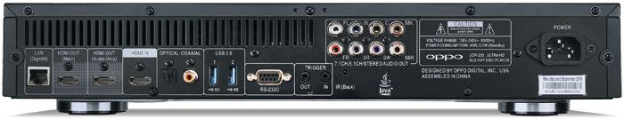 Doppelt und dreifach: Oppo spendiert dem UDP-203 gleich mehrere Anschlüsse einer Art wie zum Beispiel zwei HDMI-Ausgänge (einer davon nur für Audio) und einen -Eingang. Ferner stehen zwei rückseitige USB-3.0-Ports sowie eine 2.0-Buchse auf der Vorderseite bereit. Vergoldete Schnittstellen unterstreichen den Premium-Anspruch des Universalplayers.