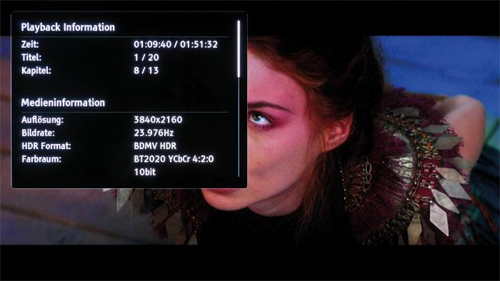 Playback-Information: Der Oppo UDP-203 blendet auf Wunsch ausführliche Informationen zum laufenden Video ein; sogar den aktiven Farbraum und die Bittiefe.