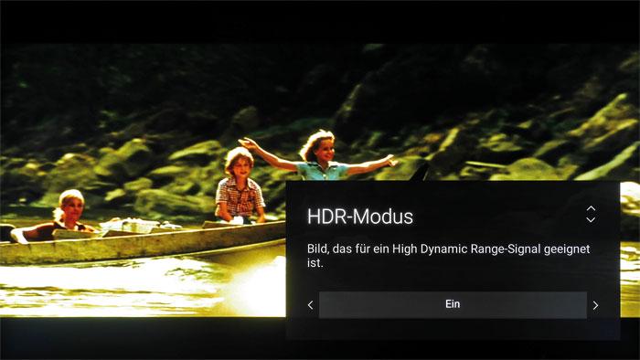 """Lieber lassen: Aktiviert man bei SDR-Zuspielung den """"HDR-Modus"""", erscheint das Bild zwar heller und kontraststärker, die Farben sind aber gnadenlos überzogen."""