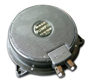 Wenn der Bass-Shaker nicht rüttelt, kann das viele Ursachen haben – von defekten Kabeln bis hin zu Elektronikschäden der Geräte in der Wiedergabekette.